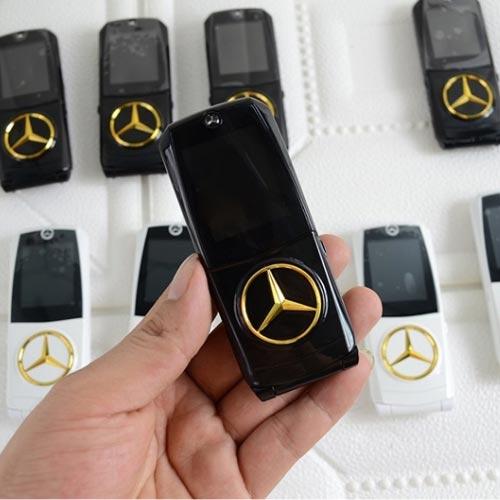Điện thoại hình xe hơi Mercedes 760 màu đen