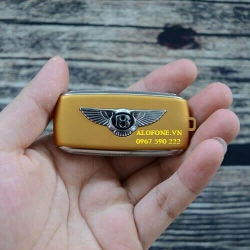 Mặt sau điện thoại BV8 vàng