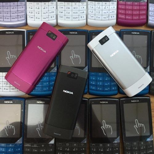 Màu sắc Nokia X3-02