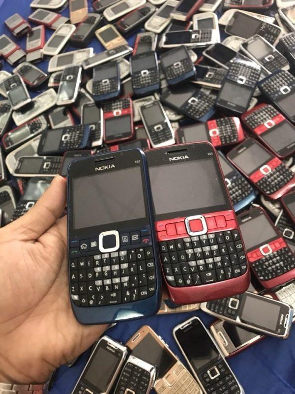 Trên tay Nokia E63